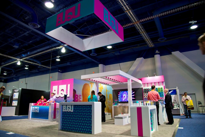 2015 trade show exhibit in Average Condition For Sale